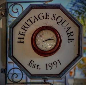 clock by danielsinoca_com